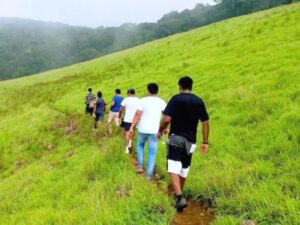 Treks with one day outing